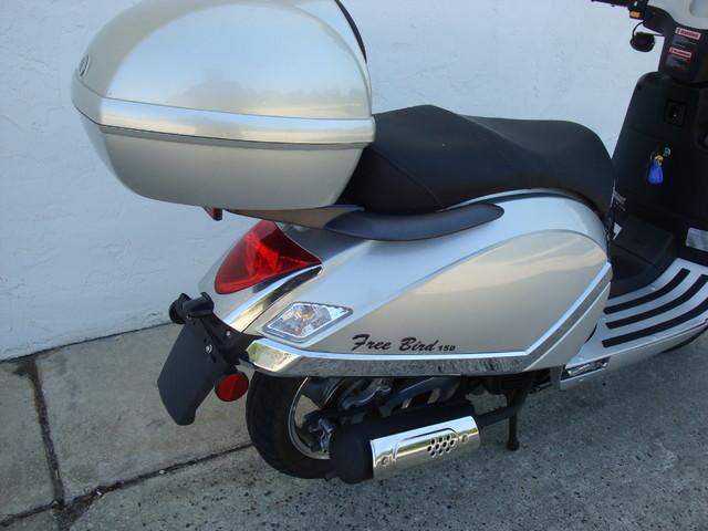2012 Fosti Free Bird 150 scooter Daytona Beach, FL 6