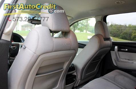 2012 GMC Acadia SL | Jackson , MO | First Auto Credit in Jackson , MO