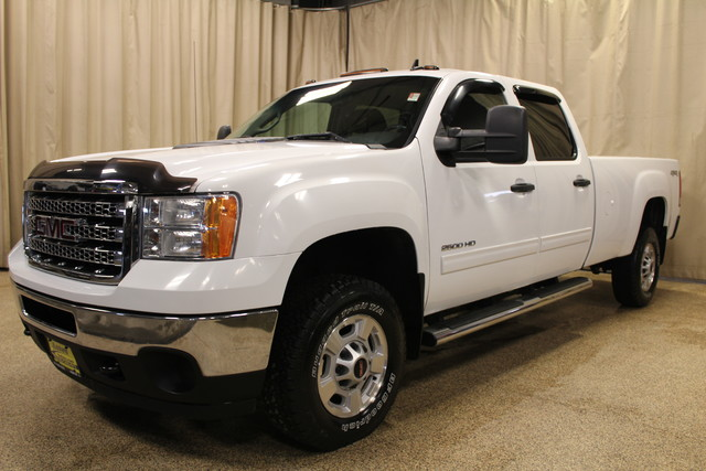 2012 GMC Sierra 2500HD Diesel long box SLE Roscoe, Illinois 3