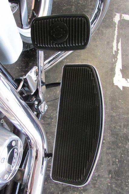 2012 Harley-Davidson Dyna Glide® Switchback™ Arlington, Texas 17