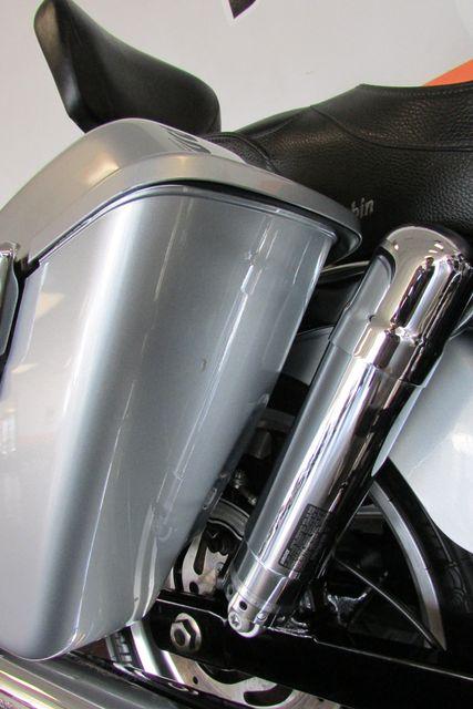 2012 Harley-Davidson Dyna Glide® Switchback™ Arlington, Texas 21