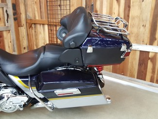 2012 Harley-Davidson Electra Glide® CVO® Ultra Classic® Anaheim, California 4