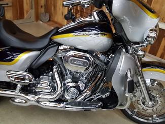 2012 Harley-Davidson Electra Glide® CVO® Ultra Classic® Anaheim, California 8