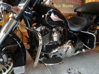 2012 Harley-Davidson Electra Glide® Classic Anaheim, California 4