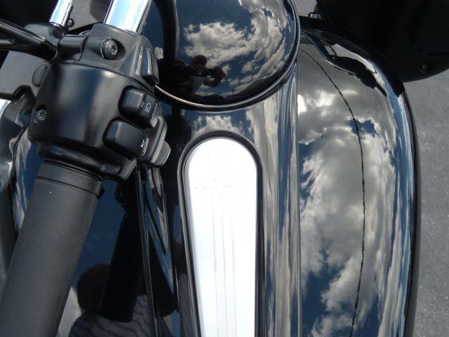 2012 Harley-Davidson Road Glide® Custom Ephrata, PA 13