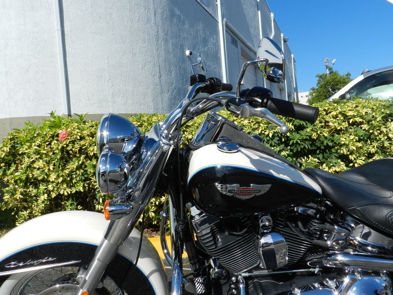 2012 Harley-Davidson Softail Deluxe FLSTN  Low miles Extras  city Florida  MC Cycles  in Hollywood, Florida