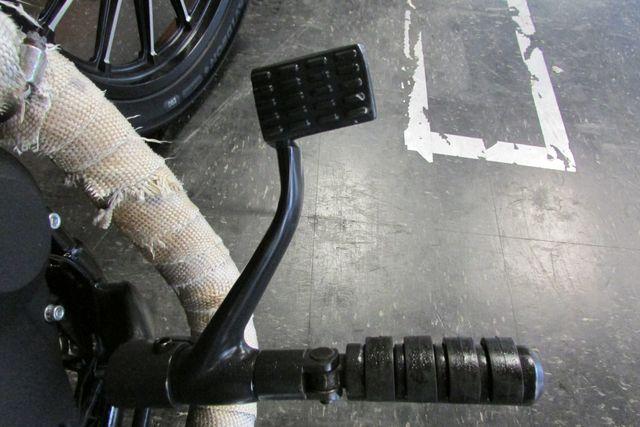 2012 Harley-Davidson Sportster® Iron 883™ Arlington, Texas 14