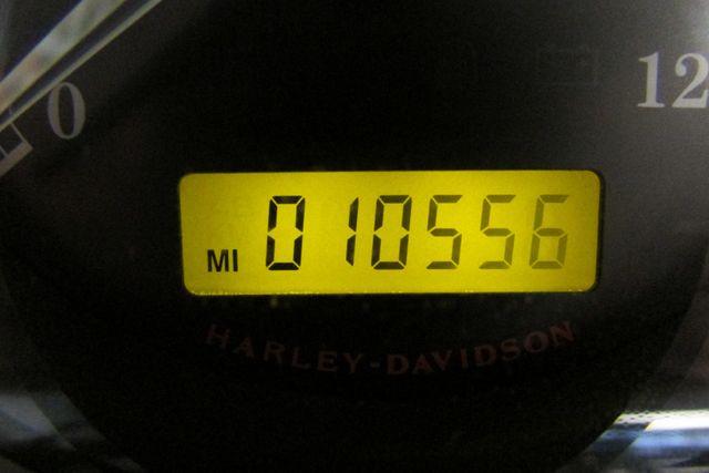 2012 Harley-Davidson Sportster® Iron 883™ Arlington, Texas 22