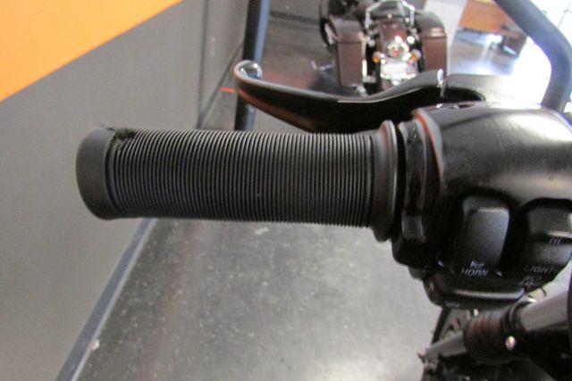 2012 Harley-Davidson Sportster® Iron 883™ Arlington, Texas 23