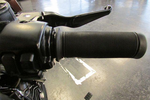 2012 Harley-Davidson Sportster® Iron 883™ Arlington, Texas 24
