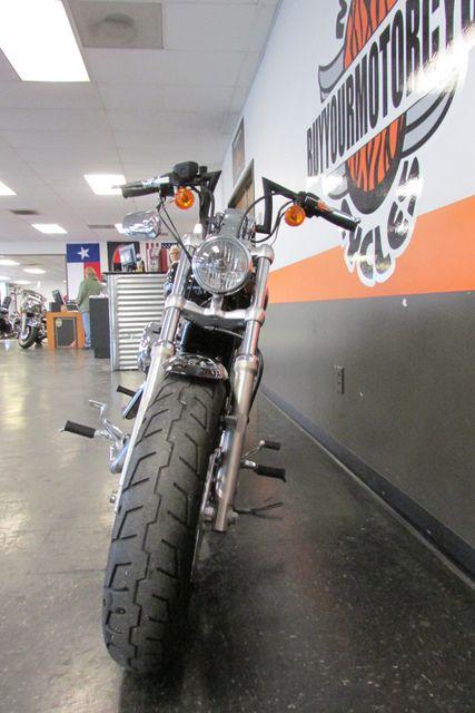 2012 Harley-Davidson Sportster® 1200 Custom Arlington, Texas 4