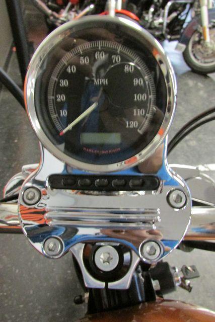 2012 Harley-Davidson Sportster® Seventy-Two™ Arlington, Texas 24