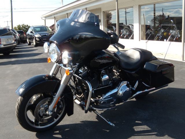 2012 Harley-Davidson Street Glide™ Base Ephrata, PA 10