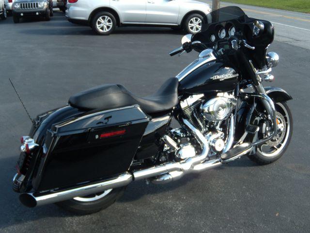 2012 Harley-Davidson Street Glide™ Base Ephrata, PA 2