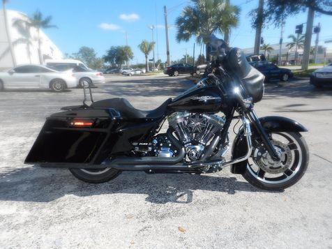 2012 Harley-Davidson Street Glide FLHX  LOADED! 103 ENGINE in Hollywood, Florida