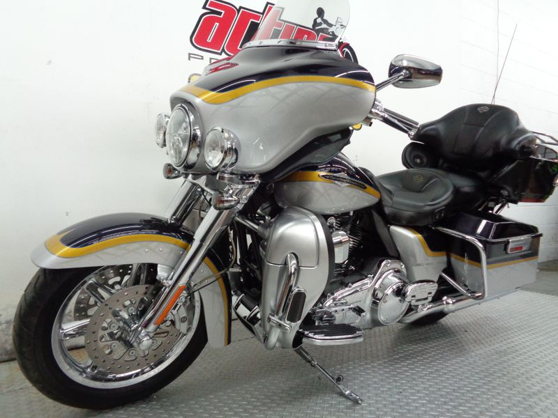 2012 Harley Davidson Ultra Classic CVO  Oklahoma  Action PowerSports  in Tulsa, Oklahoma