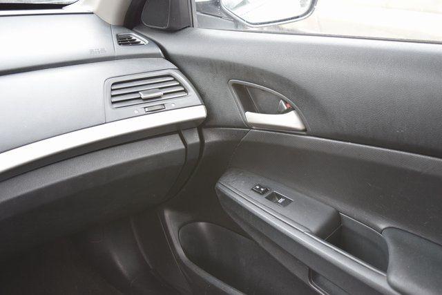 2012 Honda Accord SE Richmond Hill, New York 15