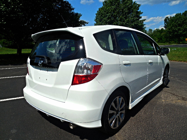 2012 Honda Fit Sport Leesburg, Virginia 3