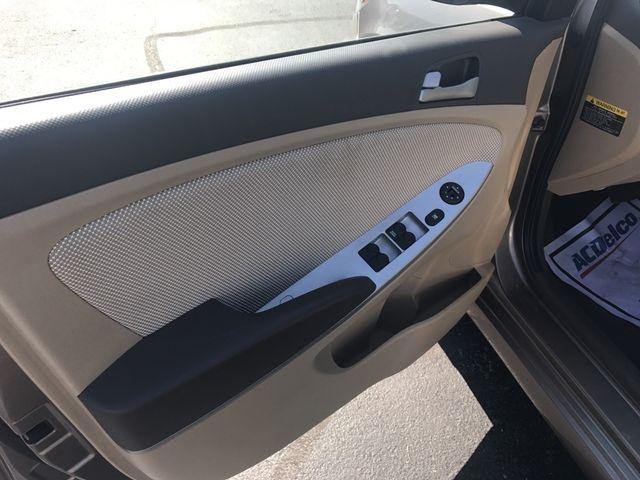2012 Hyundai Accent GLS Cape Girardeau, Missouri 10