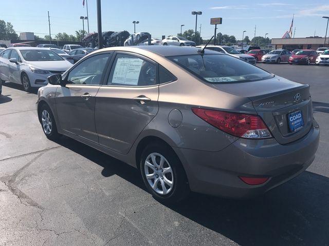 2012 Hyundai Accent GLS Cape Girardeau, Missouri 4