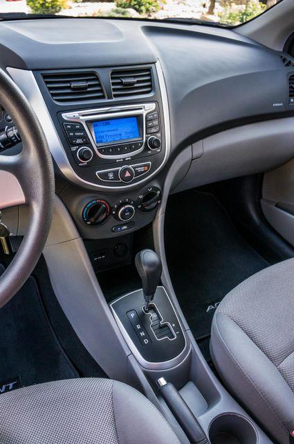 2012 Hyundai Accent GLS Reseda, CA 22