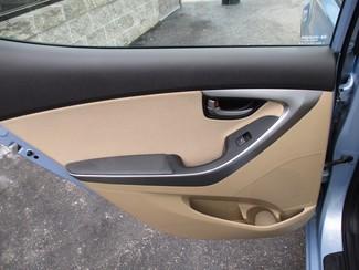 2012 Hyundai Elantra GLS Milwaukee, Wisconsin 11