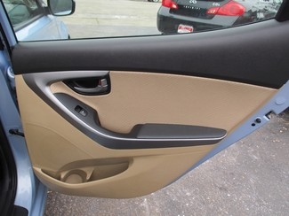 2012 Hyundai Elantra GLS Milwaukee, Wisconsin 16
