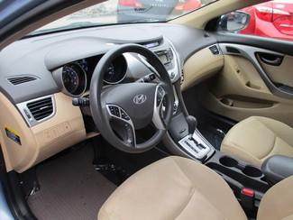 2012 Hyundai Elantra GLS Milwaukee, Wisconsin 6