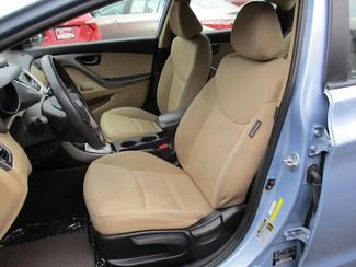 2012 Hyundai Elantra GLS Milwaukee, Wisconsin 7