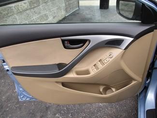 2012 Hyundai Elantra GLS Milwaukee, Wisconsin 8