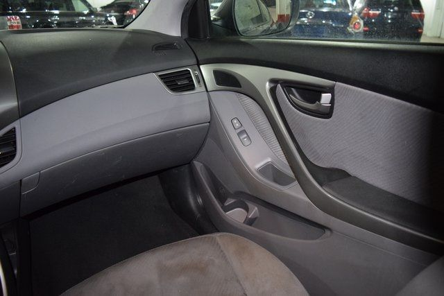 2012 Hyundai Elantra GLS PZEV Richmond Hill, New York 14