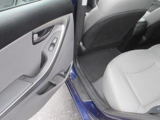 2012 Hyundai Elantra Limited Saint Ann, MO 12
