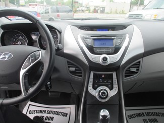 2012 Hyundai Elantra Limited Saint Ann, MO 21