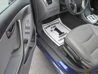 2012 Hyundai Elantra Limited Saint Ann, MO 9