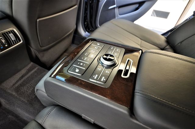 2012 Hyundai Equus Signature Reseda, CA 5