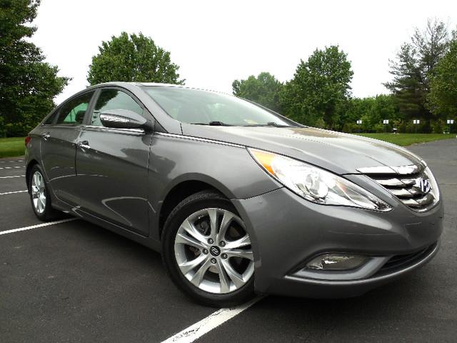 2012 Hyundai Sonata 2.4L Limited Leesburg, Virginia 0