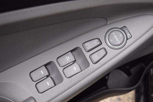 2012 Hyundai Sonata GLS PZEV Richmond Hill, New York 16