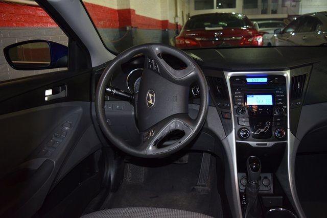 2012 Hyundai Sonata GLS PZEV Richmond Hill, New York 12