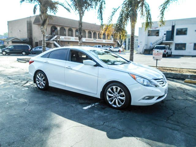 2012 Hyundai Sonata 20T SE Limited warranty included to assure your worry-free purchase AutoChec