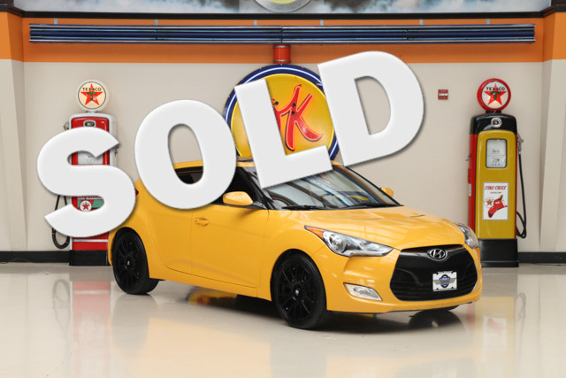 2012 Hyundai Veloster wBlack Int This 2012 Hyundai Veloster is in great shape with only 99 247 mi