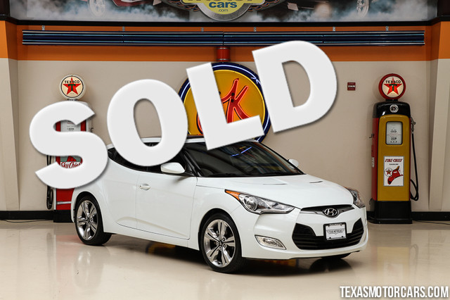 2012 Hyundai Veloster wRed Int This Carfax 1-Owner 2012 Hyunday Veloster is in great shape with o