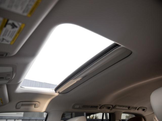 2012 Infiniti QX56 7-passenger Burbank, CA 32