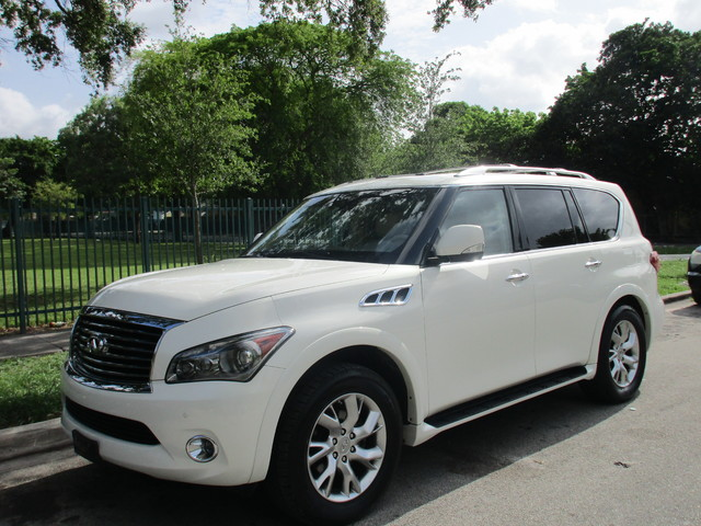 2012 Infiniti QX56 7-passenger Come and visit us at oceanautosalescom for our expanded inventory