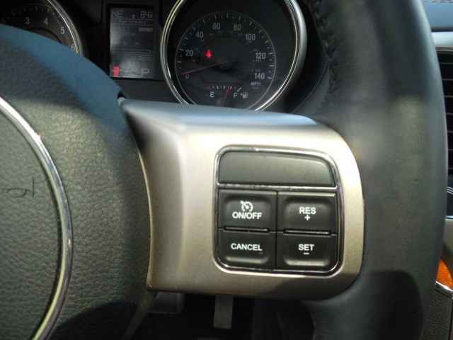 2012 Jeep Grand Cherokee Overland Leesburg, Virginia 19