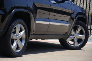 2012 Jeep Grand Cherokee Overland * 1-OWNER * Blind Spot * NAVI * Pano Roof Plano, Texas 24