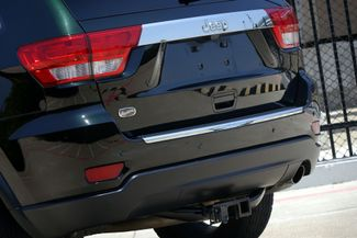 2012 Jeep Grand Cherokee Overland * 1-OWNER * Blind Spot * NAVI * Pano Roof Plano, Texas 27