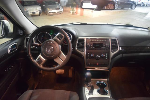 2012 Jeep Grand Cherokee Laredo Richmond Hill, New York 6