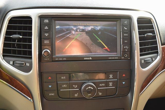 2012 Jeep Grand Cherokee Limited Richmond Hill, New York 23