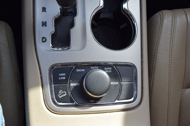 2012 Jeep Grand Cherokee Limited Richmond Hill, New York 25