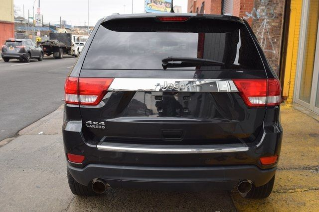 2012 Jeep Grand Cherokee Laredo Richmond Hill, New York 4